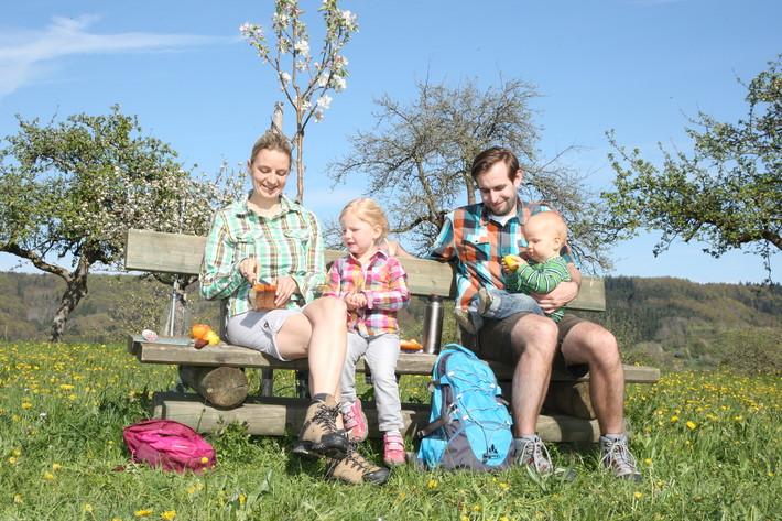 Familie legt Rast ein, Balingen-Ostdorf