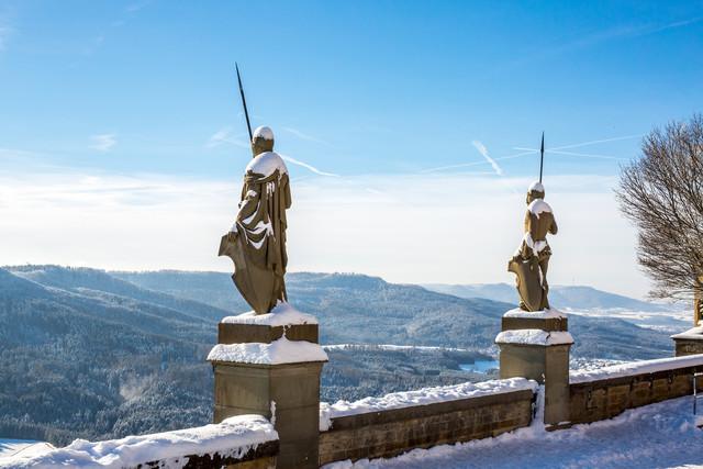 Zinnenwächter Burg Hohenzollern bei Schnee