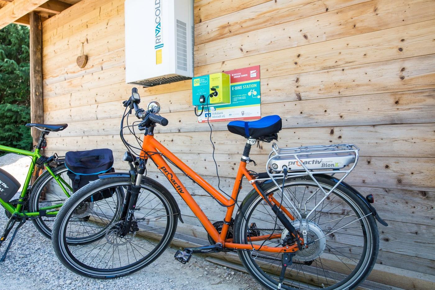 E-Bike beim Laden